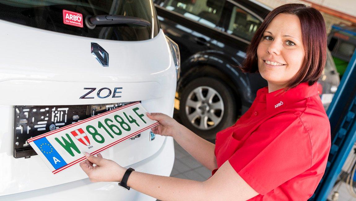 Grüne Nummertafeln für Elektroautos